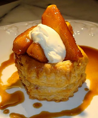 Caramelized Apples in Puff Pastry Shell