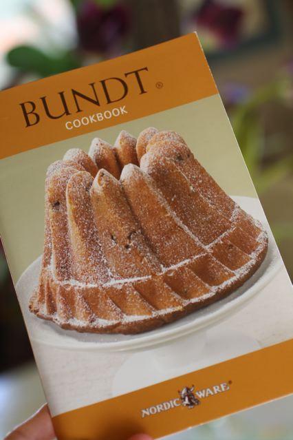 Oloroso Sherry/ Mini Bundt Cake/ Marcona Almonds - Taste With The Eyes