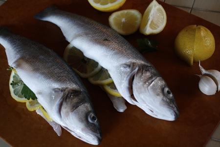 Branzino sotto sale salmoriglio taste with the eyes for What is branzino fish