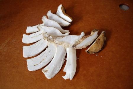 slice matsutake