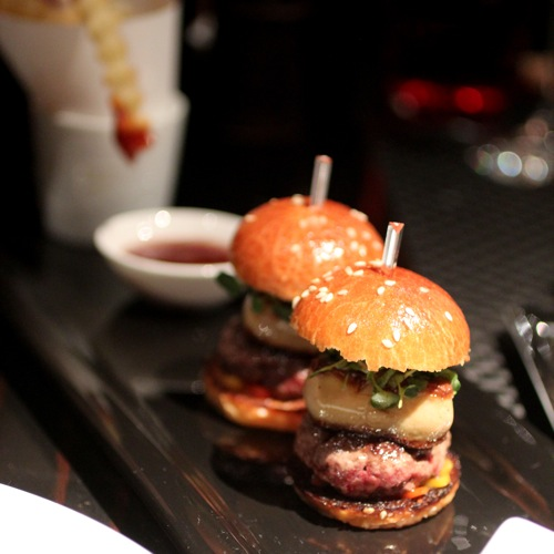 joel robuchon beef and foie gras burger