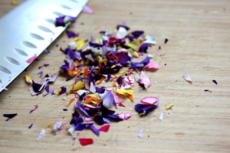how to make flower petal confetti