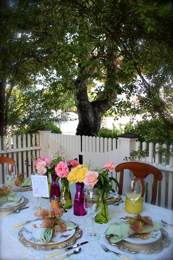 garden party table setting
