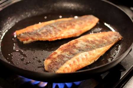 how to cook crispy skin loup de mer