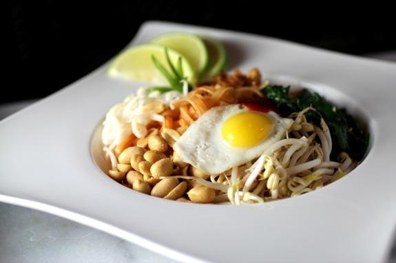 chicken pad thai, bibimbap pad thai, noodle bibimbap