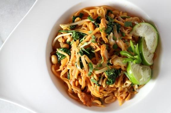 chicken pad thai spinach