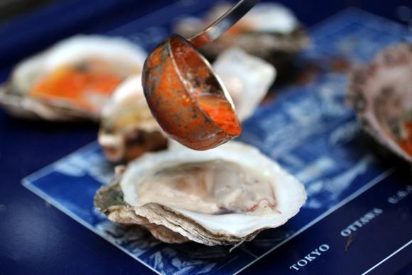 bbq oysters, sriracha butter