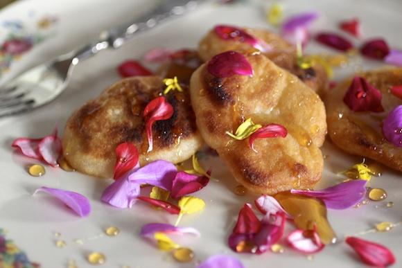 The Prettiest Rice Tea Cakes ~ Hwa Jeon