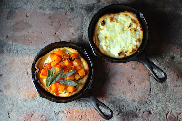 Pretty Little Cast Iron Skillet Pizzas