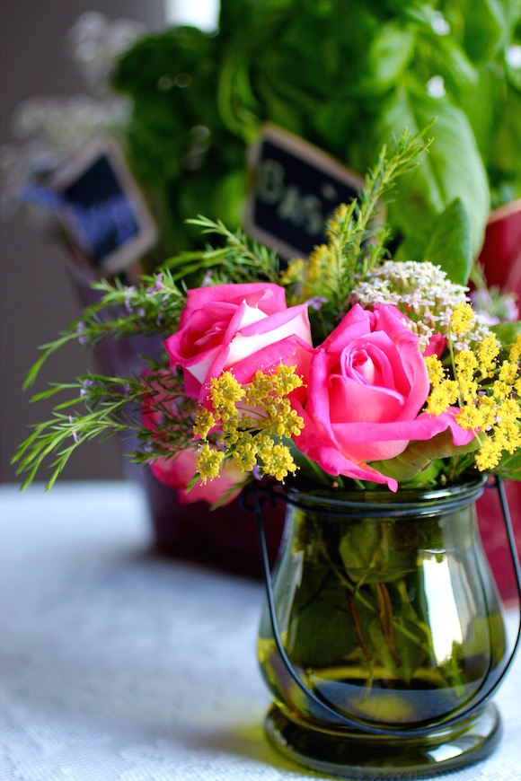 casual bouquet of roses, fennel flowers, yarrow, and Mexican heather