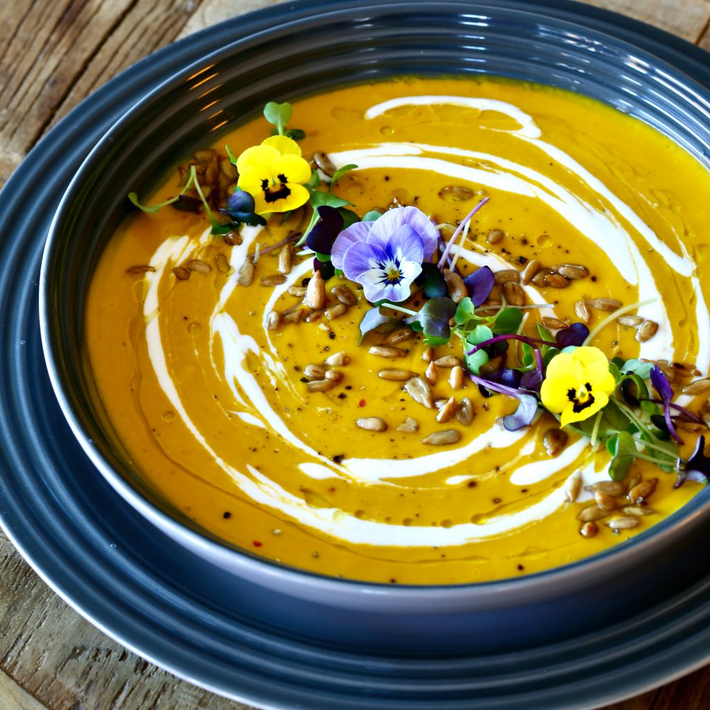 Chilled Carrot Avocado Soup #raw #vegan #glutenfree