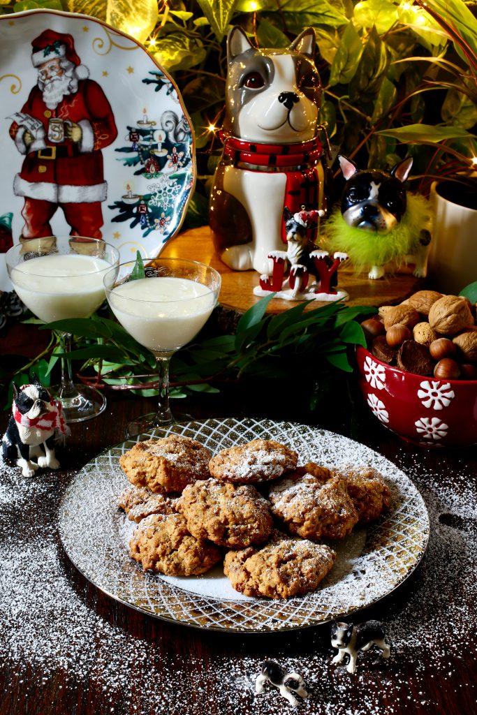 Oatmeal Date Walnut Cookies