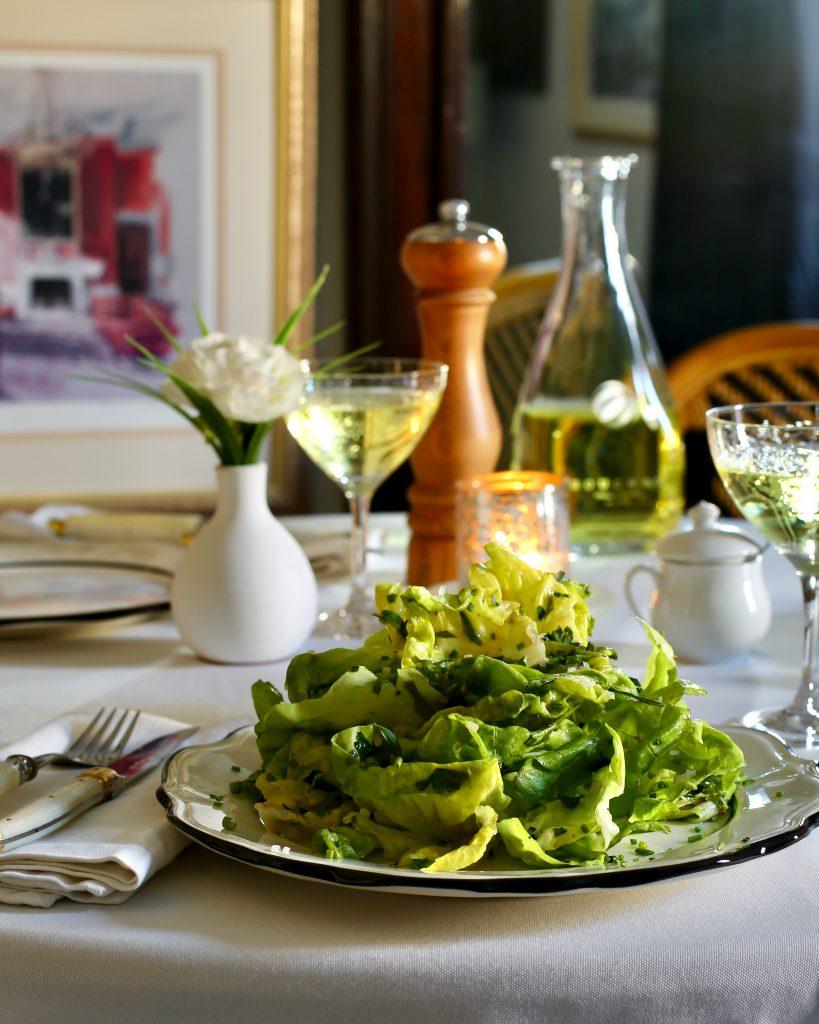 Ultimate Bistro Salad: Salade de Laitue